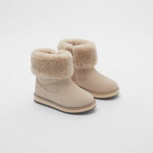 NWT Zara Size 4 Big girl Pink boots with faux fur